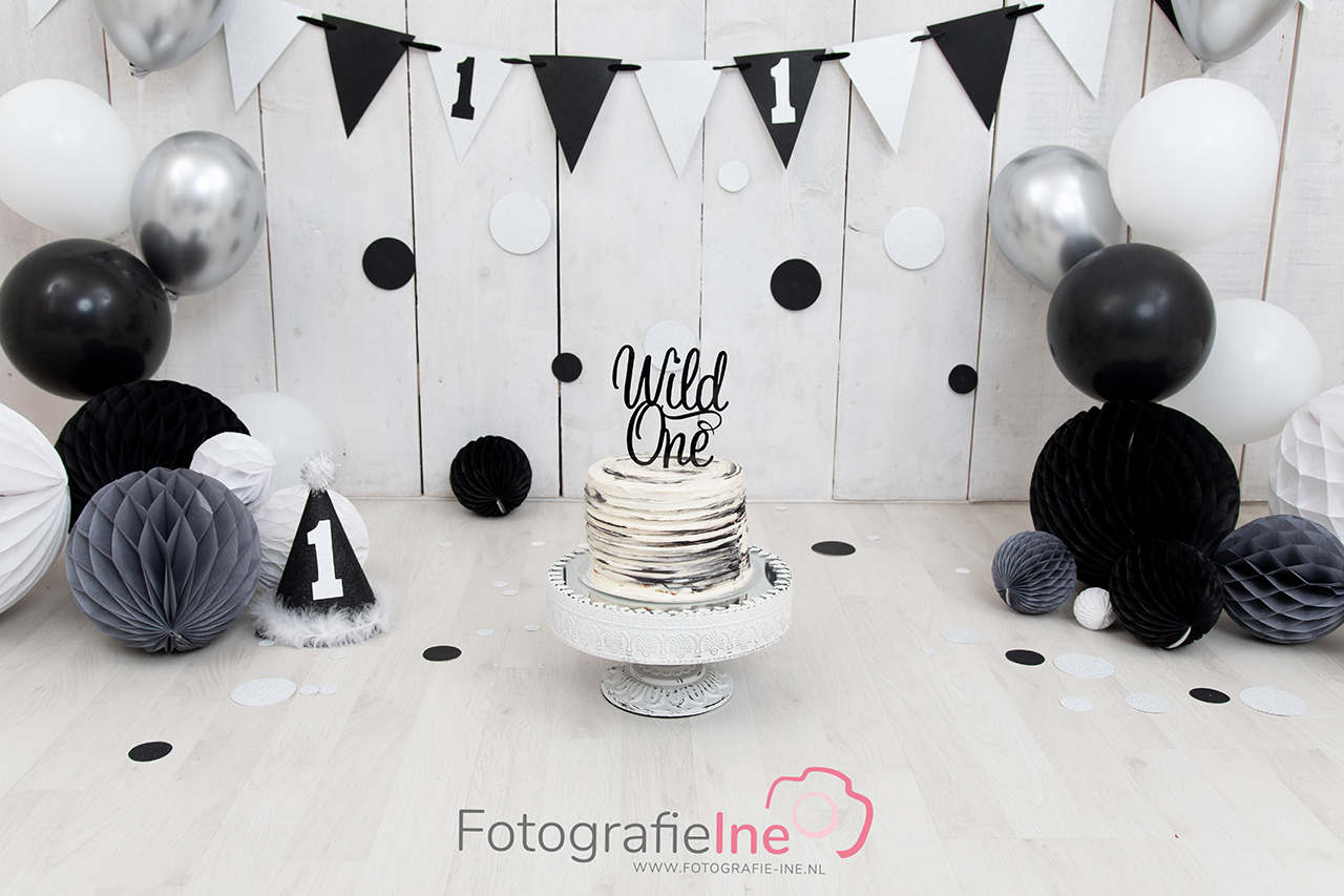 Fotografie Ine cakesmash zwart wit zilver grijs Wild one