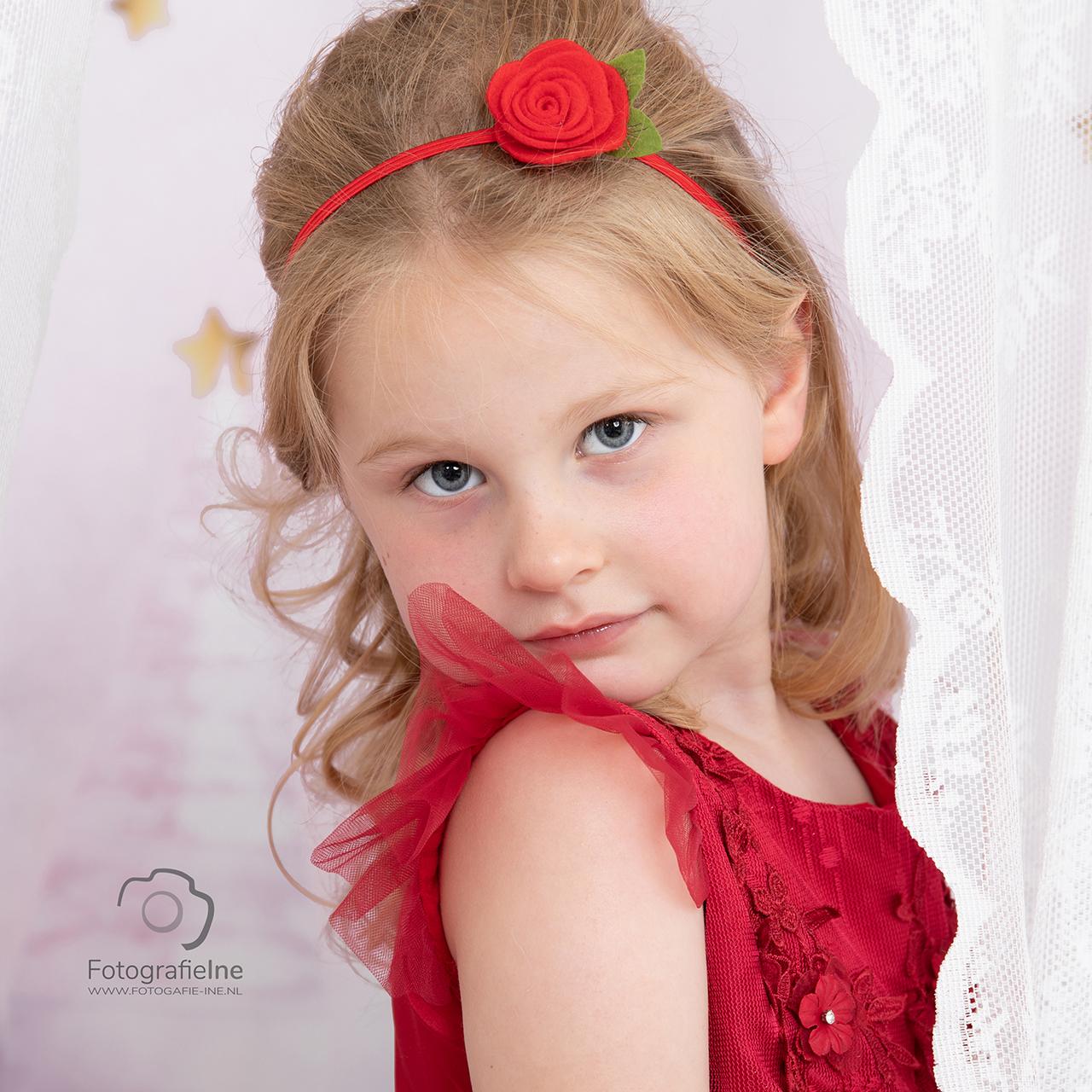 Fotografie Ine Prinsessen fotoshoot rode jurk